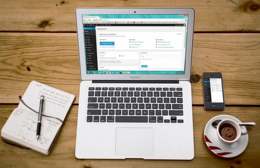 Es factible invertir en la creación de una tienda WordPress con WooCommerce