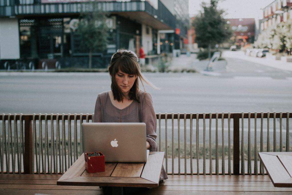 consejos prácticos para convertirte en nómada digital